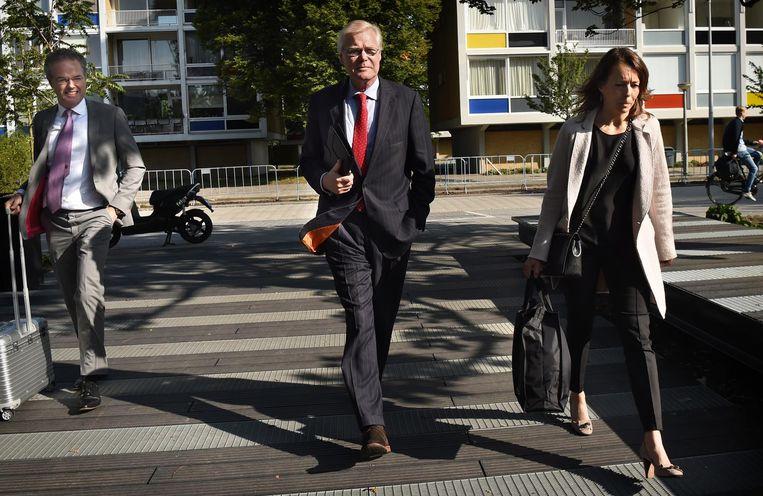 Robin Linschoten maakt in 2017 zijn entree bij de rechtbank in Amsterdam. Beeld Marcel van den Bergh / de Volkskrant