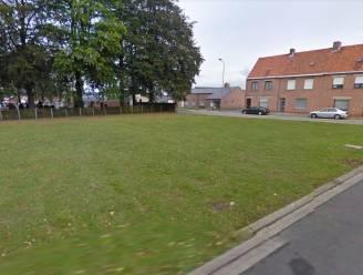 Straks parking op grasveld aan basisschool PIT?