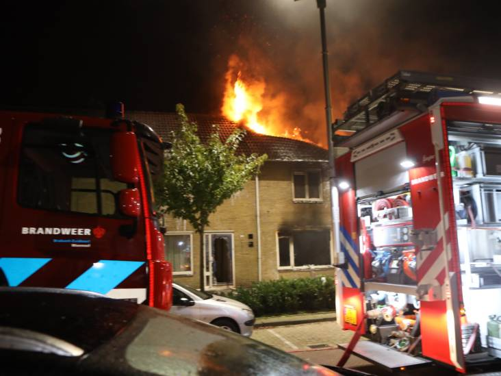 Felle brand treft meerdere huizen in Best: 'Gelukkig waren mijn kinderen niet thuis'