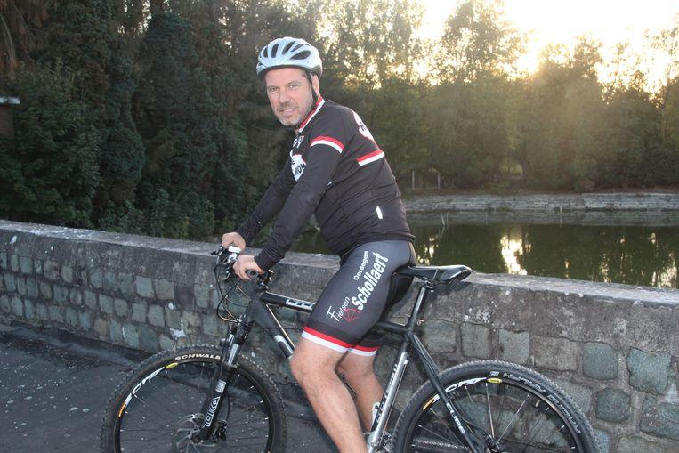 Joris De Winne begint eerstdaags aan zijn voorbereidingen op de mountainbike voor zijn deelname aan 'Dwars door Oeganda'.