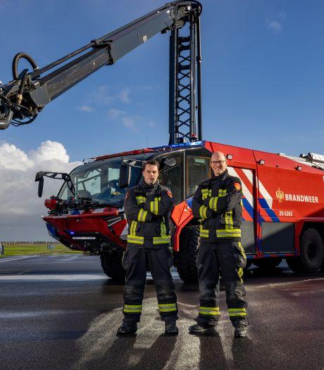 Dit 'monster' van Lelystad Airport is hét wapen tegen grote branden: 'Echt onvoorstelbaar wat-ie kan'