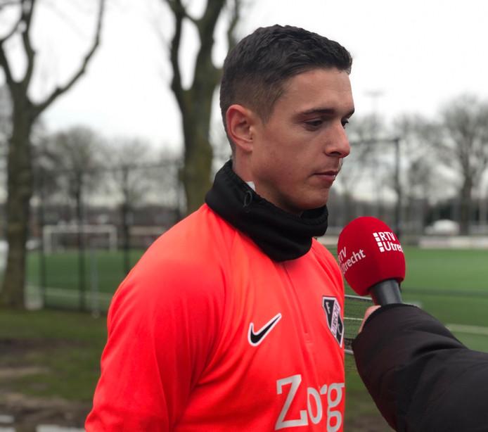 Kristoffer Peterson werkte vanmiddag zijn eerste training voor FC Utrecht af.