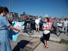 Huurders protesteren bij kantoor Talis tegen huurverhoging: 'Sociale huur soms duurder dan hypotheek'