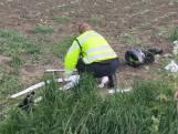 Scooterrijder (16) zwaargewond bij botsing met auto in Cadzand