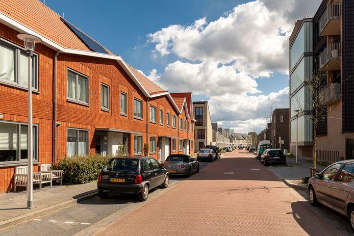 Nieuwbouw rond het Vredesplein in Eindhoven van corporatie 'Thuis en commerciële partijen. De buurt in Oud-Woensel is klaar nu de laatste nieuwbouw is opgeleverd.