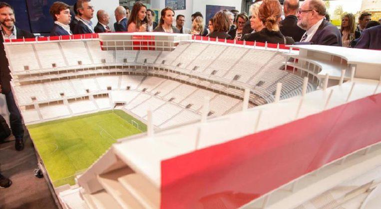 De maquette van het Eurostadion werd een klein jaar geleden aan de pers voorgesteld. Beeld belga