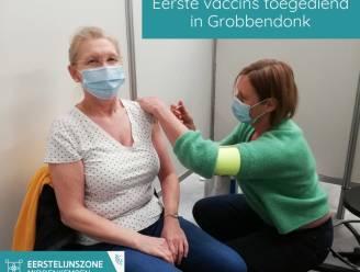 Eerste coronaprikjes uitgedeeld in vaccinatiecentrum Grobbendonk