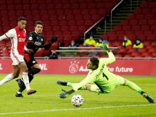 Stekelenburg over nieuwe rol bij Ajax: 'Keepen verleer je niet zo snel'
