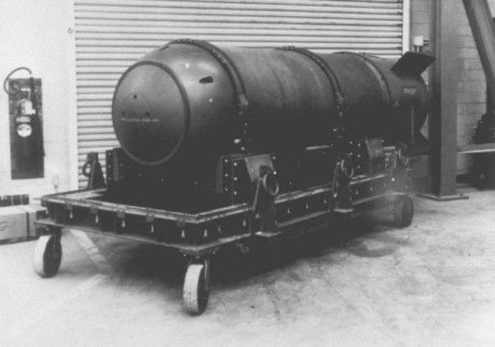 De verloren atoombom ligt zestig jaar na het incident nog steeds op de bodem van de Atlantische Oceaan.