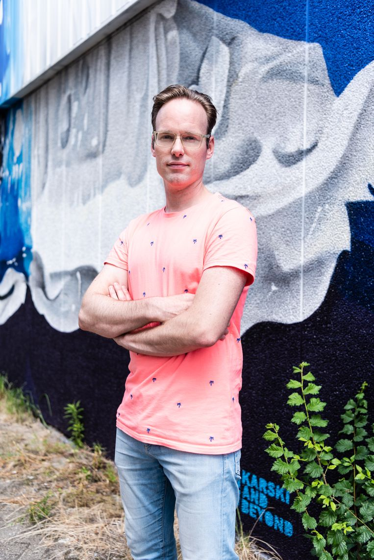 Filmmaker Hugo van der Meer. Beeld null