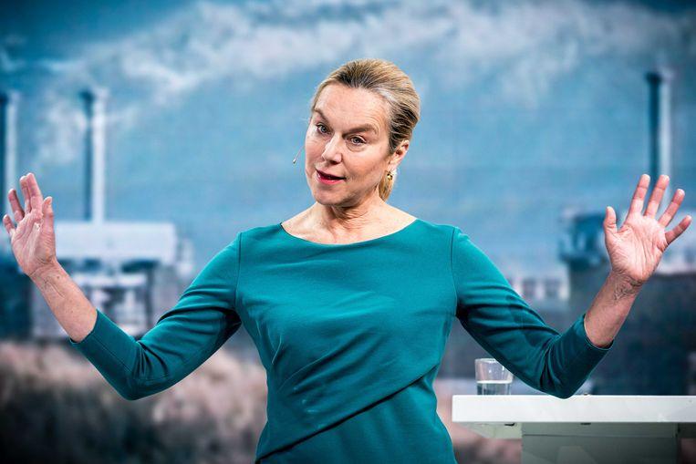 D66-lijsttrekker Sigrid Kaag tijdens de aftrap van de verkiezingscampagne van haar partij in Veldhoven. Beeld ANP/Rob Engelaar