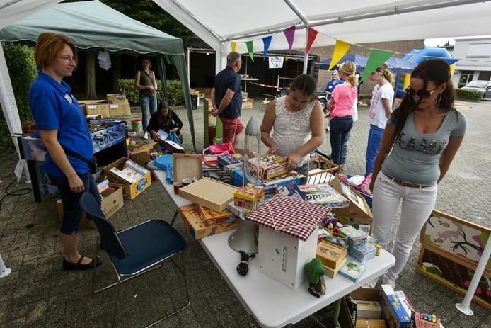 De zomermarkt van de Speelgoedbank in Waalwijk.