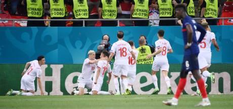 La Suisse crée l'exploit et renvoie la France à la maison au terme d'un match complètement fou