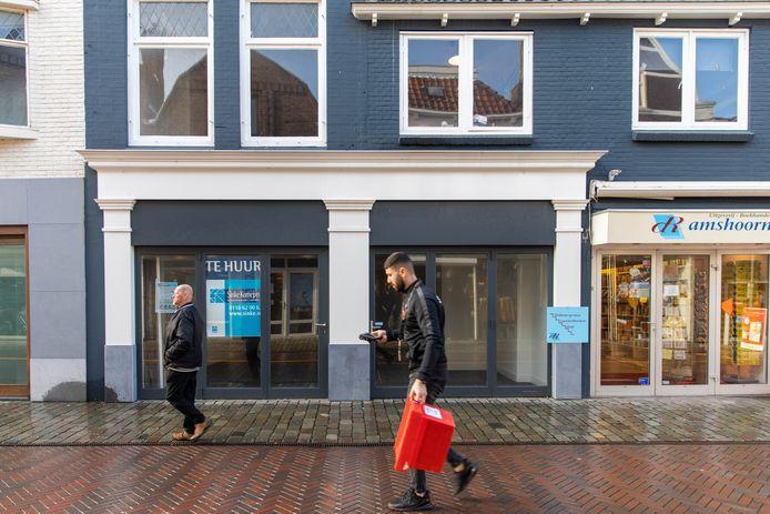 Een leegstand winkelpand in Goes, eerder dit jaar.