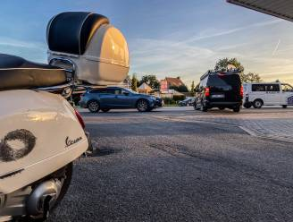 Bestuurder van de scooter gewond bij verkeersongeval in Nederename