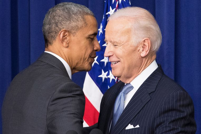 Barack Obama en Joe Biden op archiefbeeld.  Beeld EPA