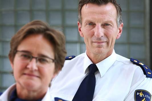 Politiechefs Hanneke Ekelmans en Wilbert Paulissen.