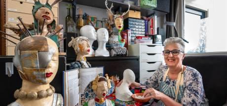 Edith zoekt inspiratie voor haar vrouwenhoofden: 'Klederdracht heeft me altijd geïnteresseerd'