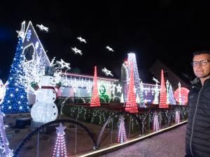 """Dit zijn de zotste kersthuizen van Vlaanderen: """"Hier gaan maanden voorbereiding aan vooraf"""""""