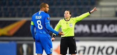 Arbiter 'overrulet' UEFA met bizarre wissel bij Gent