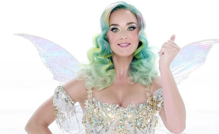 Katy Perry in kerstoutfit.