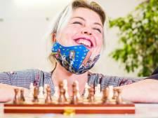 Massaal leren schaken door The Queen's Gambit: 'Het is opeens helemaal hip'