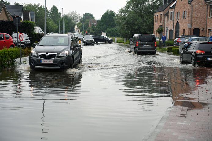 Wateroverlast in Boortmeerbeek blijft aanhouden na onweersbuien
