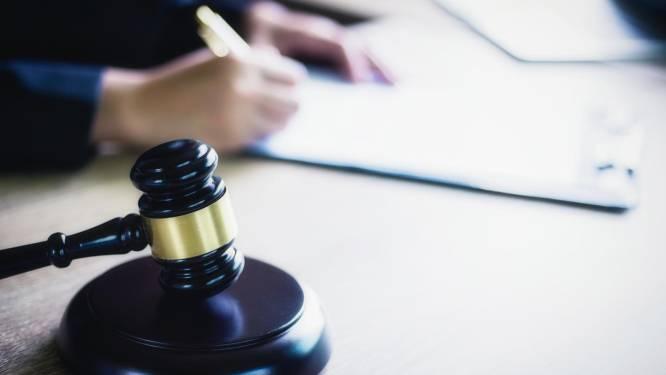 'Rooie Ron' vrijgesproken van witwassen tijdens IRT-zaak