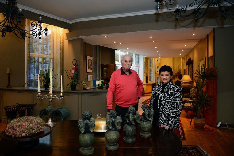 Uitbaters Romain Sterckx met Lucia Swinnen in Salons Georges.