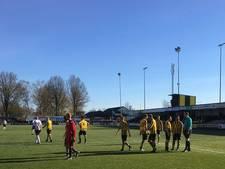 Vroege goals helpen DOS Kampen langs Enter Vooruit