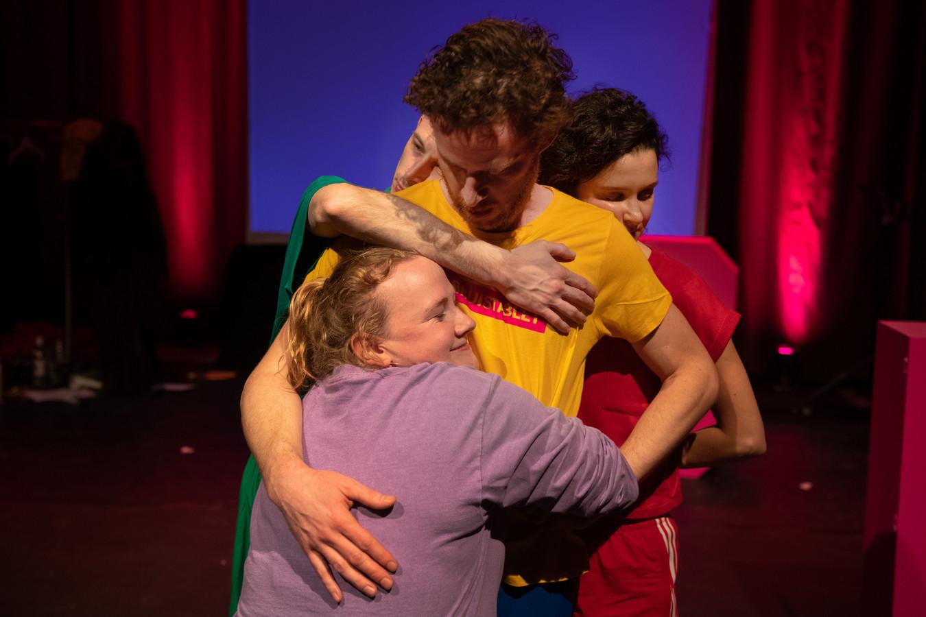 De voorstelling Lubricant For Life beleeft op woensdag 11 augustus de Nederlandse première tijdens Theaterfestival Boulevard. Het is de eerste productie van het theatergezelschap Woodman.