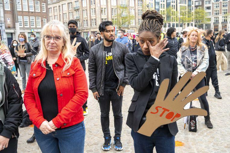 Gedupeerden van het toeslagenschandaal op de Dam, met Sylvana Simons van BIJ1. Beeld ANP