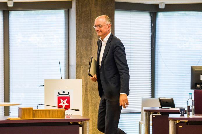 Burgemeester en voorzitter van de Veiligheidsregio Twente Onno van Veldhuizen is positief getest op corona.