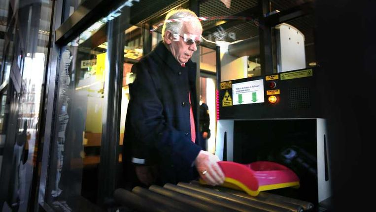 Bauke Vaatstra, de vader van de vermoorde Marianne Vaatstra, voor aanvang van de rechtszaak in Leeuwarden. Beeld anp