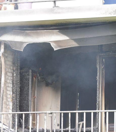 Brand in flatwoning in Nijmeegse wijk Hatert: schade is groot, meerdere appartementen onbewoonbaar