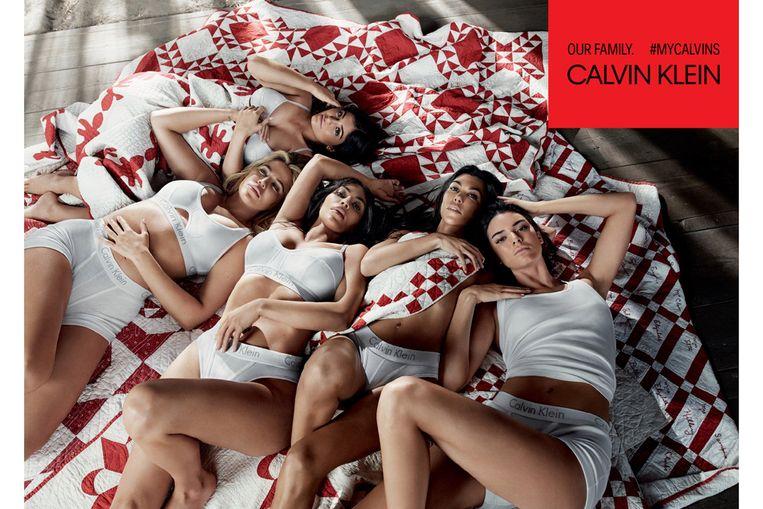 Khloe Kardashian, Kylie Jenner, Kendall Jenner, Kourtney Kardashian, Kim Kardashian voor Calvin Klein.