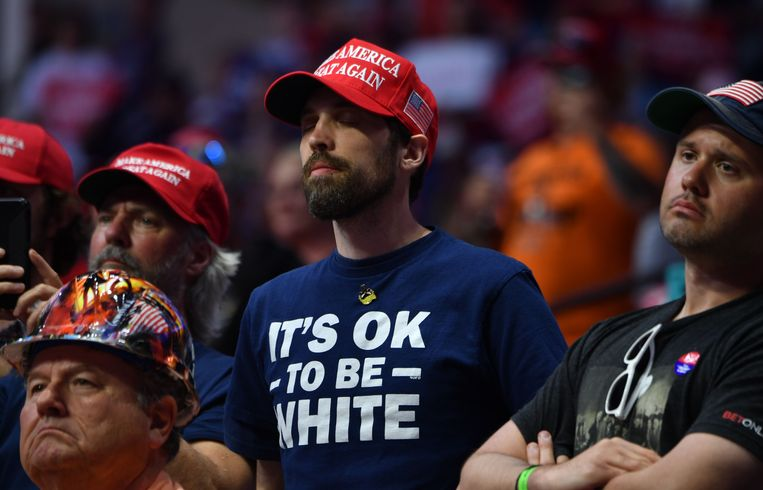 Trump-supporters zaterdag in Tulsa. Beeld AFP