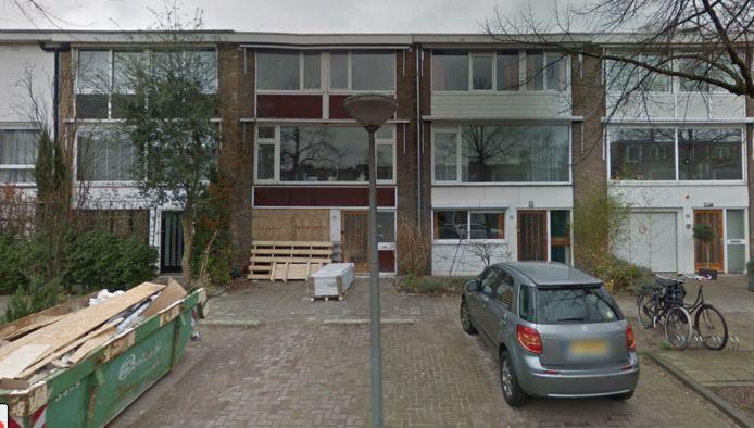 Het huis in de Willem Pijperstraat is grondig verbouwd door de huidige eigenaar en wordt nu voor zeven ton meer aangeboden op Funda.