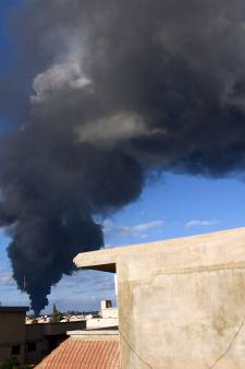 Doden en gewonden bij aanslag autobom in Benghazi