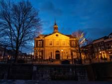 Bibliotheek Schiedam zoekt nieuwe vrijwilligers, met name taalcoaches