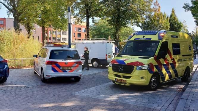 Bouwvakker valt van steiger en raakt gewond in Enschede