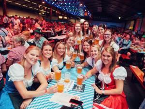 """Oktoberfest Antwerpen verkoopt recordaantal aantal tickets: """"Nog vijftig tickets over, maar géén kassaverkoop"""""""
