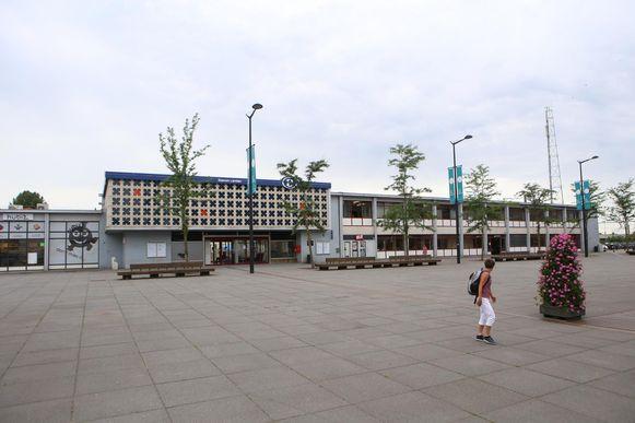Het incident deed zich voor in het station van Landen.
