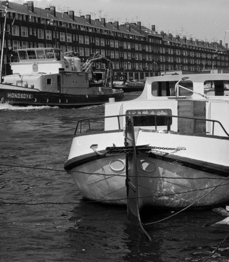 Bedrijvigheid en vertier in het water van de Delfshavense Schie
