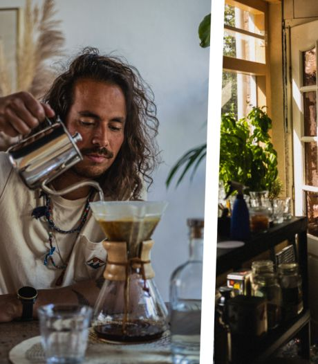 Binnenkijken bij fotograaf Bart in Assendorp: 'De pantertafel met gouden ketting kocht ik meteen'