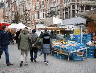 Zaterdagmarkt verhuist naar het Ladeuzeplein