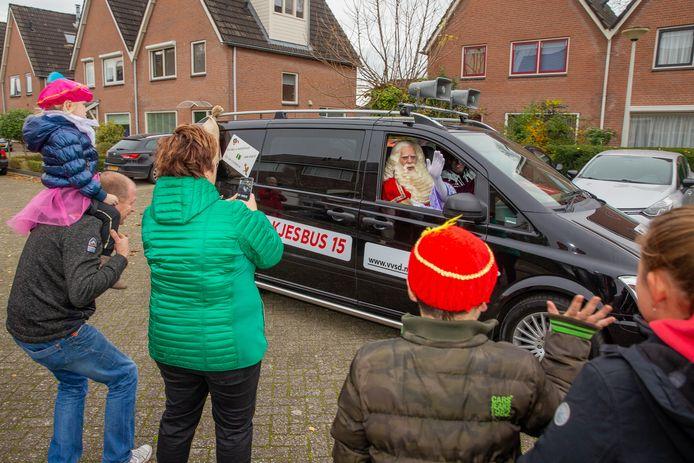 Vorige week trok Sinterklaas door Druten met een 'klassieke' Zwarte Piet aan het stuur.