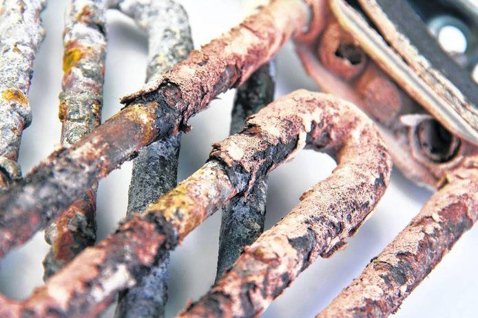 Technici van E-Care Repair Services in Duiven repareerden en demonteerden wasmachines, televisie en koffiezetapparaten.