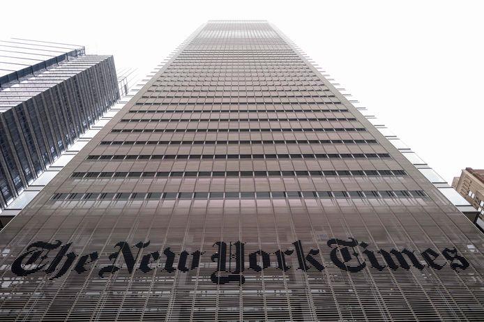 Le journaliste a indiqué que le produit de la vente, une fois déduite la commission de 15% perçue par la plateforme Foundation sur laquelle étaient organisées les enchères, irait aux oeuvres de bienfaisance du New York Times.