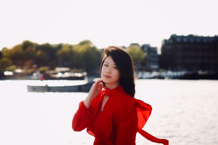 Zondag speelt pianiste Vivianne Cheng een concert in het Oosterpark. Beeld Rita Mendes